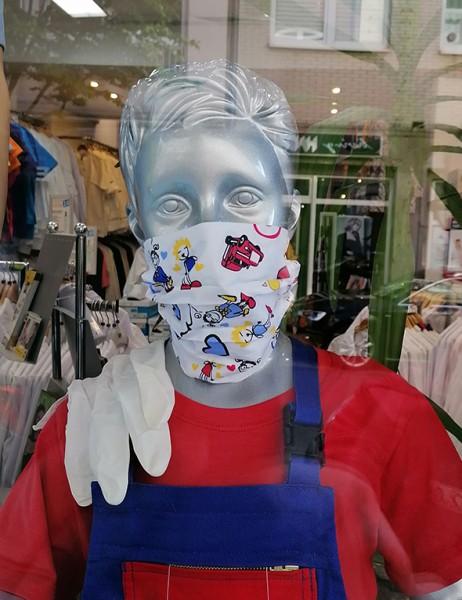 Nase-,Mundmaske Igea Motiv auf weiß mit Gummizug